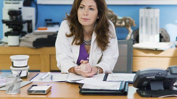 Dr. Megan Hunt (Dana Delany) macht sich zur Aufgabe, die Mörder