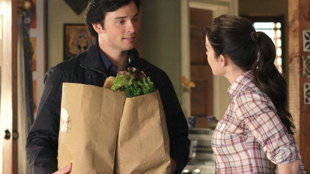 Überraschung für Lois (Erica Durance, r.) und Clark: General Lane kommt zu Be...