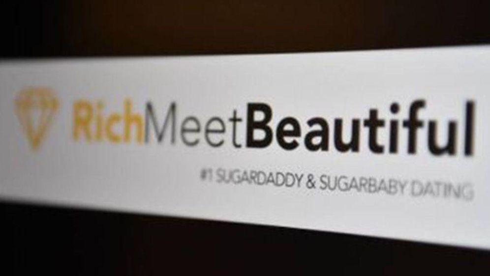 - Bildquelle: https://www.rtbf.be/info/belgique/detail_jury-d-ethique-publicitaire-la-campagne-sugar-daddies-porte-atteinte-a-la-dignite-humaine?id=9726251