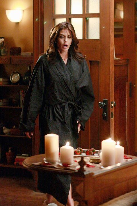 Susan (Teri Hatcher) ist entsetzt, als sie bemerkt, was Katherine plant ... - Bildquelle: ABC Studios