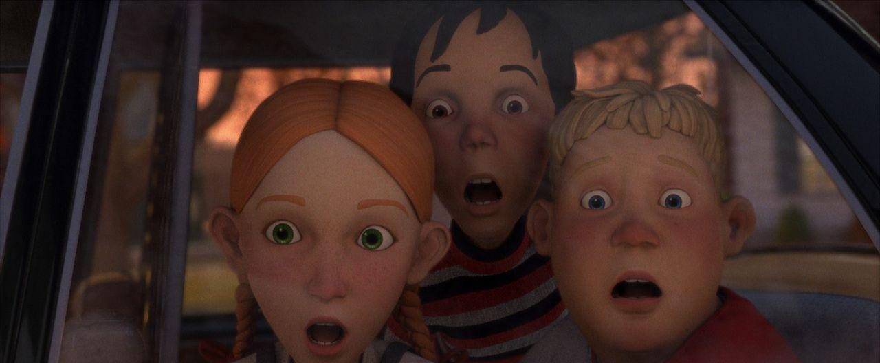 Entsetzt sehen D. J. (M.), Chowder (r.) und Jenny (l.), dass das Haus nebenan lebt ... - Bildquelle: Sony Pictures Television International. All Rights Reserved.