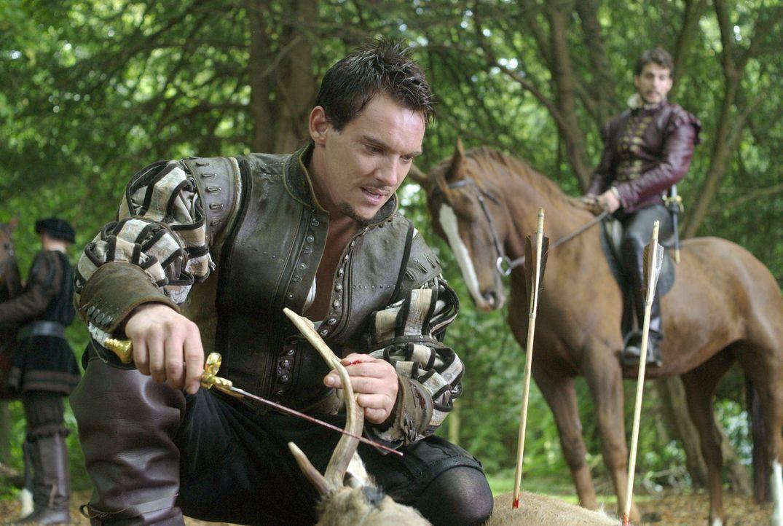 Henry (Jonathan Rhys Meyers) wendet sich immer mehr von Anne ab und sucht sein Vergnügen in der Jagd ... - Bildquelle: 2008 TM Productions Limited and PA Tudors II Inc. All Rights Reserved.