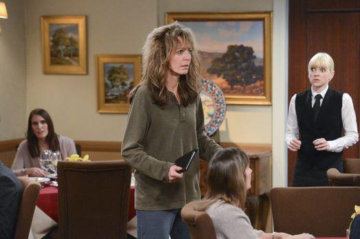 Mom - Bonnie (Allison Janney, M.) hat ihren Job verloren und das bringt sie s...