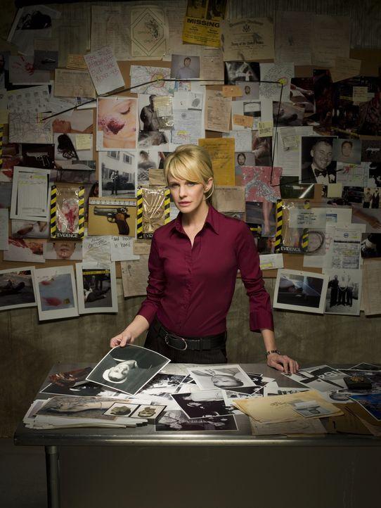 (7. Staffel) - Polizeibeamtin Lilly Rush (Kathryn Morris), arbeitet in der Mordkommission. Sie hat sich auf Fälle spezialisiert die bereits Jahre al... - Bildquelle: Warner Bros. Television