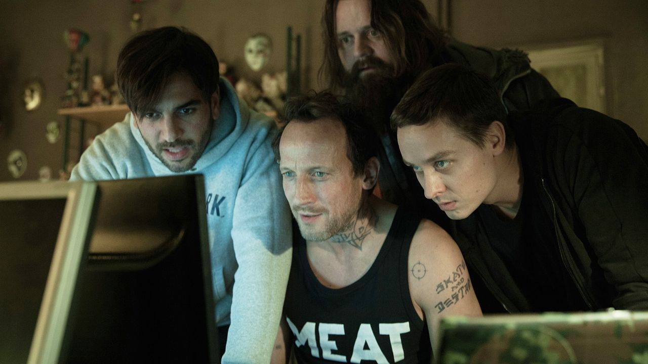 Who-Am-I-Kein-System-ist-sicher-16-2014Sony-Pictures-Releasing-GmbH - Bildquelle: 2014 Sony Pictures Releasing GmbH