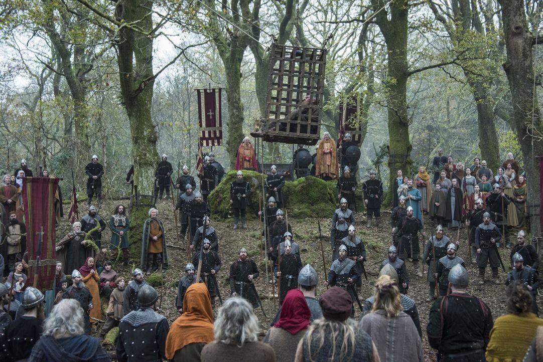 König Aelle möchte sich endlich an Ragnar (Travis Fimmel, oben) rächen und deshalb soll die Hinrichtung ein großes Ereignis werden ... - Bildquelle: 2016 TM PRODUCTIONS LIMITED / T5 VIKINGS III PRODUCTIONS INC. ALL RIGHTS RESERVED.