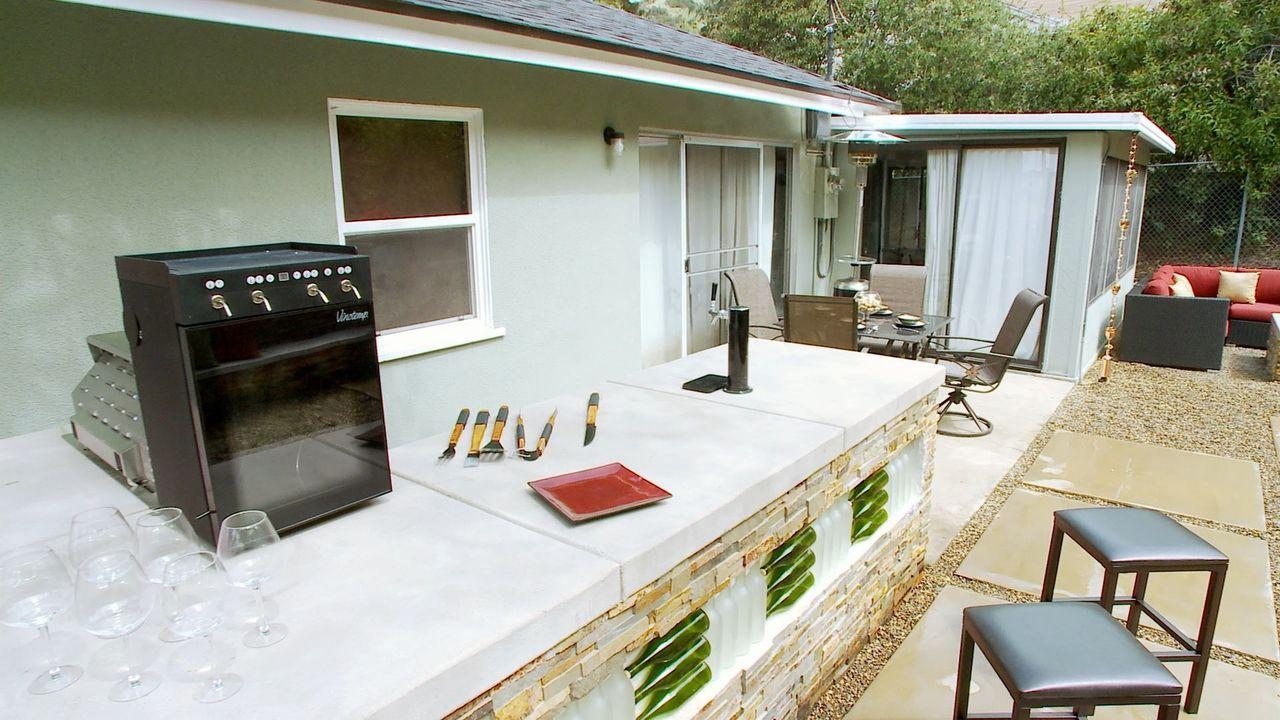 Garten mit Weinbar - Bildquelle: 2013, DIY Network/Scripps Networks, L.L.C. All rights Reserved