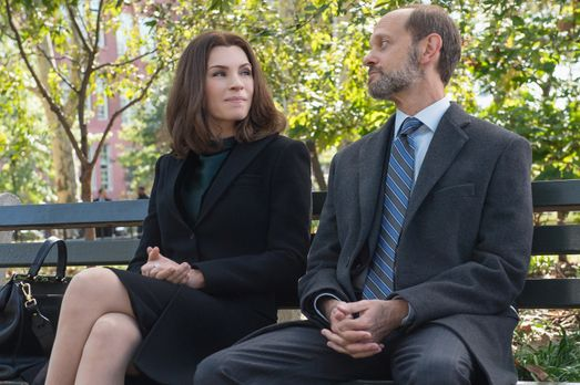 Good Wife - Alicias (Julianna Margulies, l.) Kontrahent Frank Prady (David Hy...