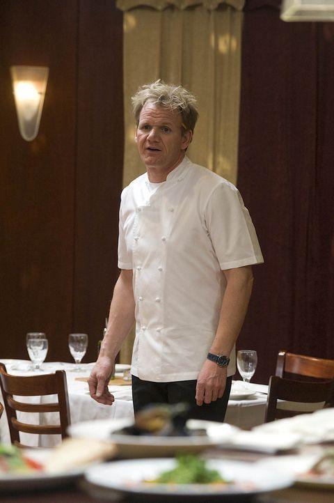 """Der Besitzer des """"Sabatiello's"""" ist hochverschuldet und erhofft sich von Gordons Besuch eine Belebung des Geschäftes. Doch seine Gäste kritisieren... - Bildquelle: Fox Broadcasting. All rights reserved."""