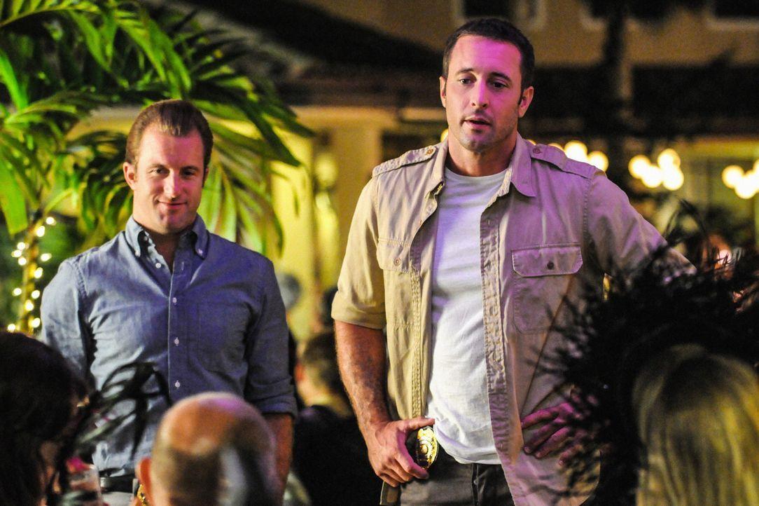 Ein neuer Fall wartet auf Steve (Alex O'Loughlin, r.) und Danny (Scott Caan, l.) ... - Bildquelle: 2013 CBS BROADCASTING INC. All Rights Reserved.