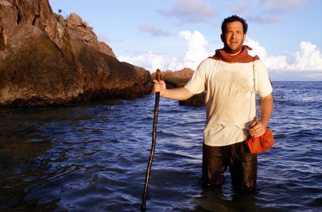 Als Chuck (Tom Hanks) als einziger Überlebender eines Flugzeugabsturzes auf einer einsamen Insel strandet, ahnt er noch nicht, dass er jahrelange I... - Bildquelle: 2001 Twentieth Century Fox Film Corporation and Dreamworks LLC. All rights reserved