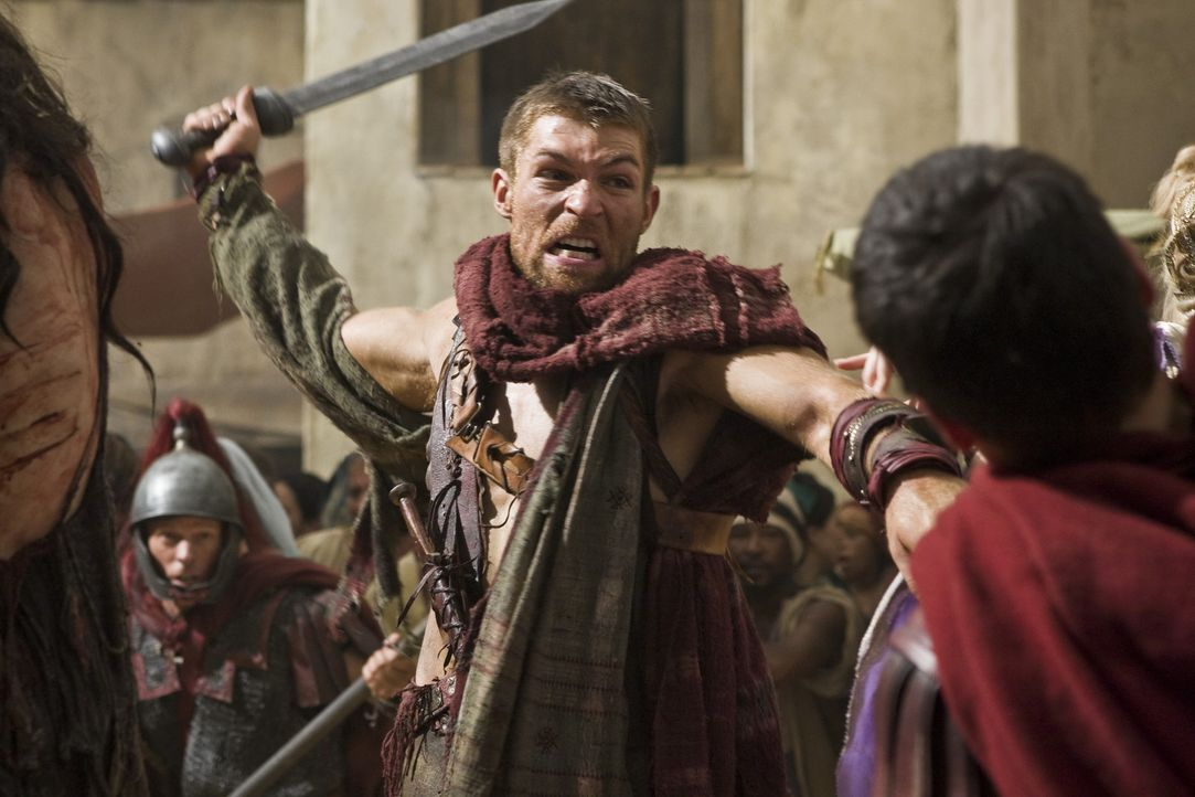Haut todbringend zu: Spartacus (Liam McIntyre) ... - Bildquelle: 2011 Starz Entertainment, LLC. All rights reserved.