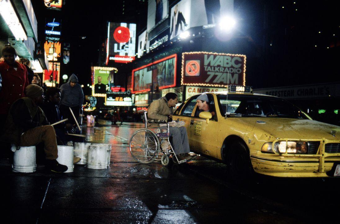Jerry Fletcher (Mel Gibson) arbeitet als Taxifahrer in New York. Er sieht hinter allem eine Verschwörung - und die Staatsanwältin Alice Sutton muss... - Bildquelle: Warner Bros. Pictures
