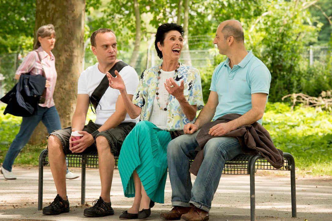 """In """"Old Ass Bastards"""" nimmt heute Erika Berger (2.v.r.) junge Leute auf die Schippe ... - Bildquelle: Martin Rottenkolber ProSieben"""