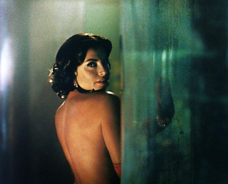 Gut oder böse? Francesca (Francesca Rettondini) ... - Bildquelle: Warner Brothers