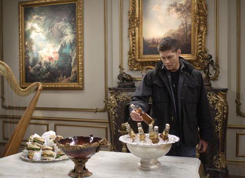 Supernatural - Die Apokalypse kommt und Sam und Dean (Jensen Ackles) bereiten...