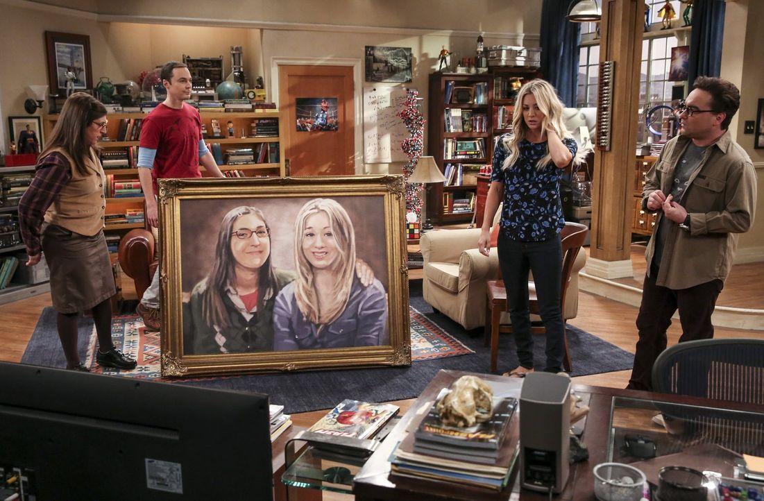 Sheldons (Jim Parsons, 2.v.l.) und Amys (Mayim Bialik, l.) Experiment ist geglückt: Die beiden ziehen tatsächlich zusammen. Um Platz zu schaffen, wo... - Bildquelle: 2016 Warner Brothers