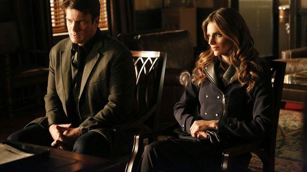 Castle (Nathan Fillion, l.) und Beckett (Stana Katic, r.) stecken mitten in d...