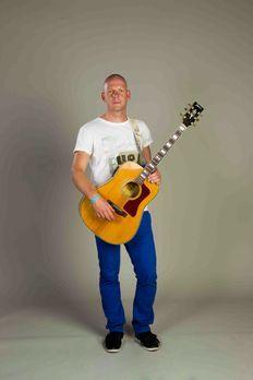 marcel-b-02-the-voice-of-germany-staffel-2-epi04-talentsjpg 1333 x 2000 - Bil...