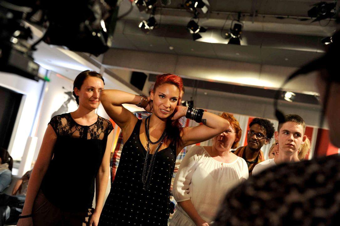 jenna-the-voice-of-germany-staffel2-epi01-50-backstagejpg 2000 x 1331 - Bildquelle: ProSieben/SAT.1/Christoph Assmann