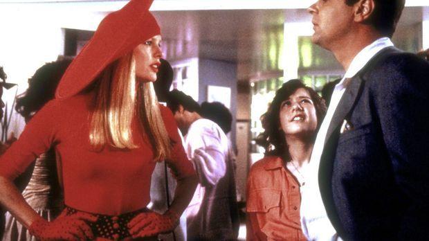 Um ihren Planeten zu retten, wird die Außerirdische Celeste (Kim Basinger, l....