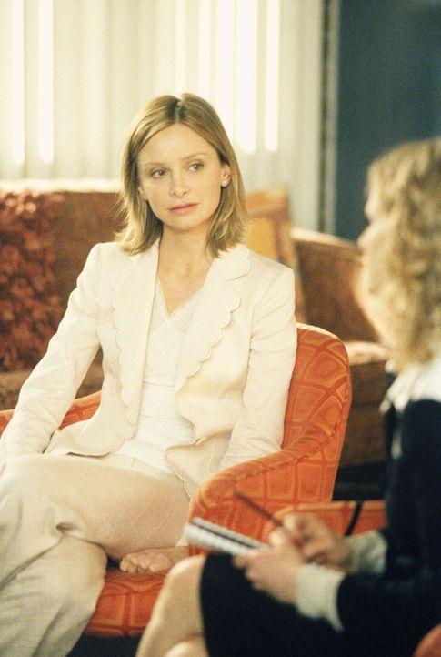 Wird es Ally (Calista Flockhart) gelingen, einer Frau mit Persönlichkeitsstörung endlich Frieden zu bringen? - Bildquelle: 2002 Twentieth Century Fox Film Corporation. All rights reserved.