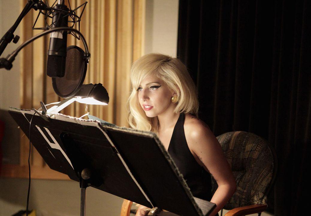 Hat einen Gastauftritt bei den Simpsons: Lady Gaga ... - Bildquelle: und TM Twentieth Century Fox Film Corporation - Alle Rechte vorbehalten