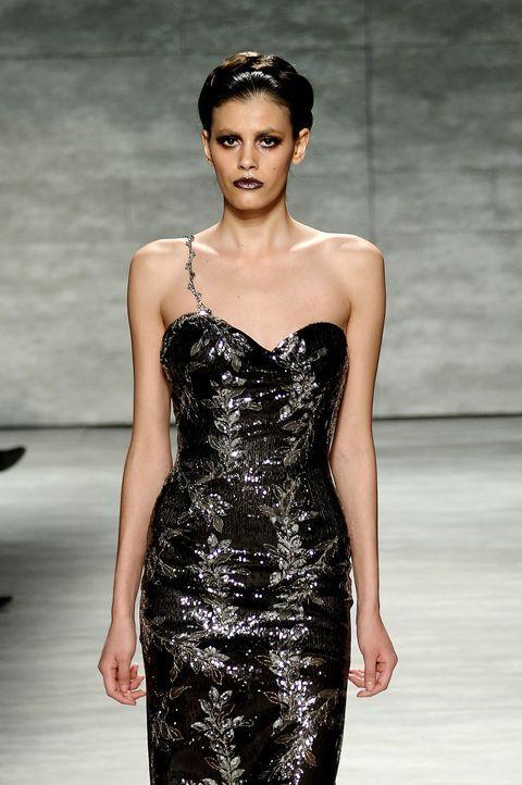 FW-NY-Topmodel-Alisar-Ailabouni-14-02-08-2-getty-AFP - Bildquelle: getty-AFP