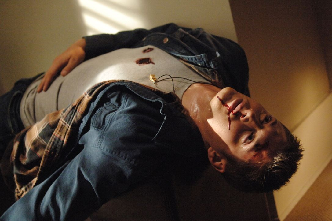 Die Brüder haben es geschafft, den Formwandler in Gestalt von Dean (Jensen Ackles) zu erledigen ... - Bildquelle: Warner Bros. Television