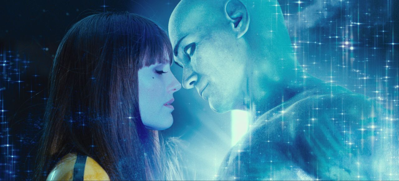 Seit geraumer Zeit ist Silk Spectre II (Malin Akerman) nicht mehr sehr glücklich in ihrer Beziehung zu Dr. Manhattan (Billy Crudup), denn er verbri... - Bildquelle: Paramount Pictures