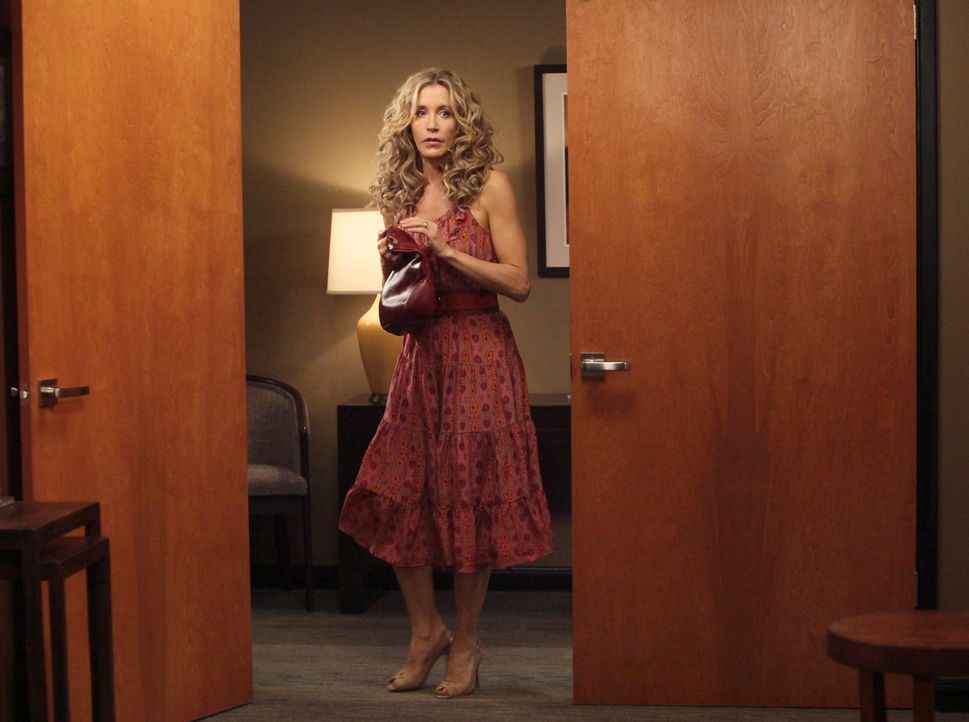 Detective Chuck Vances Verdacht, dass Bree in das Verschwinden von Alejandro verwickelt ist, wächst, während Lynette (Felicity Huffman) versucht ihr... - Bildquelle: ABC Studios