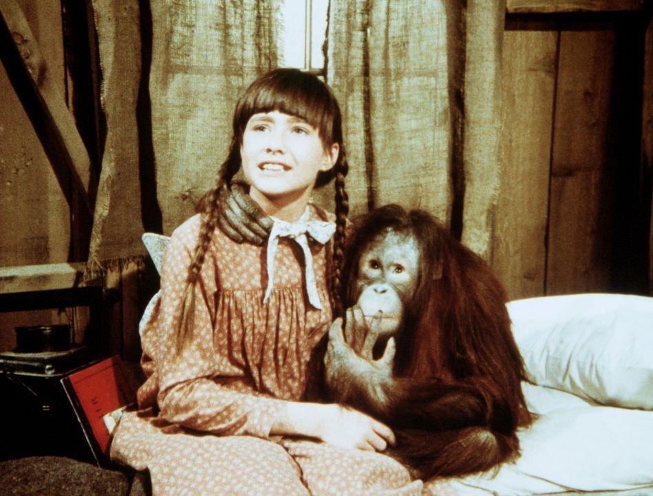 Jenny Wilder (Shannen Doherty) verspricht, auf Blanche aufzupassen. - Bildquelle: Worldvision