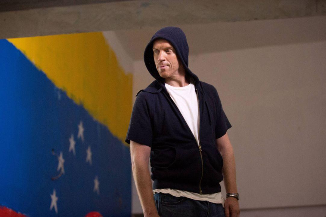 Sucht sein Heil erneut im Glauben: Brody (Damian Lewis) ... - Bildquelle: 2013 Twentieth Century Fox Film Corporation. All rights reserved.