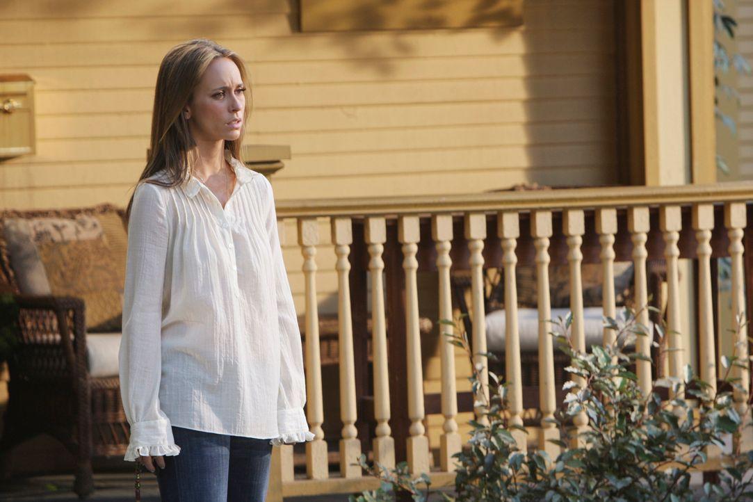 Melinda (Jennifer Love Hewitt) ist völlig verzweifelt. Soll sie Jim, dessen Geist in den Körper eines anderen geschlüpft ist, die Wahrheit sagen? - Bildquelle: ABC Studios
