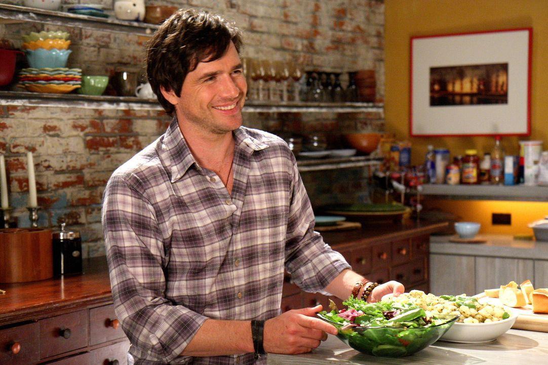 Rufus (Matthew Settle) ist glücklich, seine Familie wieder um sich zu haben. Der Sommer ohne seine Kinder war verdammt lang ... - Bildquelle: Warner Brothers