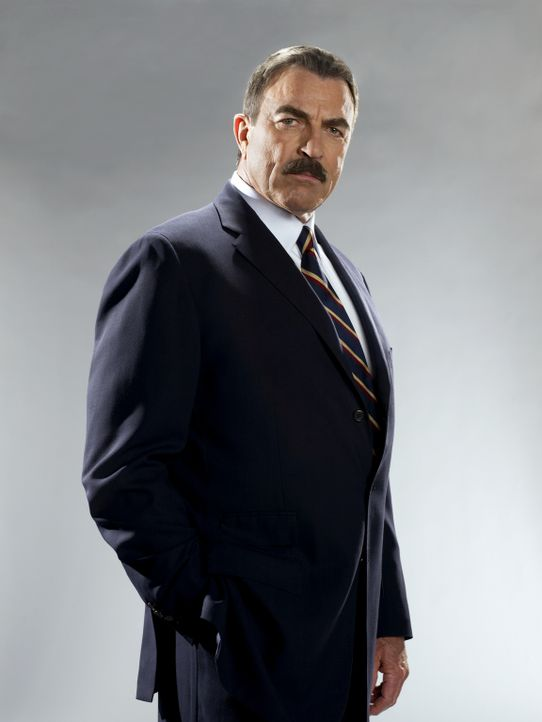 (2. Staffel) - Frank Reagan (Tom Selleck) ist sehr stolz auf seine Familie, die sich für Recht und Ordnung in der Stadt New York einsetzt ... - Bildquelle: 2010 CBS Broadcasting Inc. All Rights Reserved