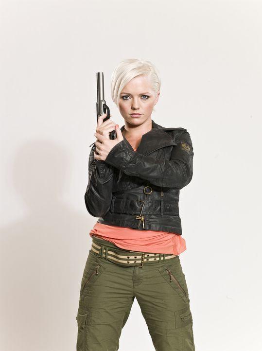(2. Staffel) - Macht Jagd auf Dinosaurier und andere Urzeitmonster: Abby Maitland (Hannah Spearritt) ... - Bildquelle: ITV Plc