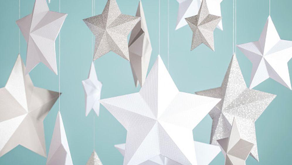 Papiersterne  selber basteln - Bildquelle: iStock