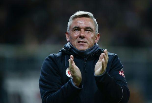 Medien: Trainer Olaf Janßen muss bei St. Pauli gehen
