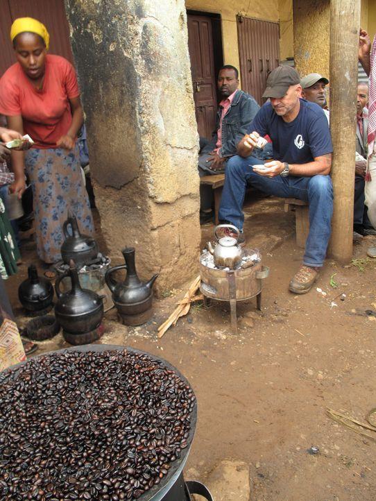 Sucht in Äthiopien nach einer neuen Kaffeesorte: Todd Carmichael ... - Bildquelle: 2012, The Travel Channel, L.L.C. All rights Reserved.