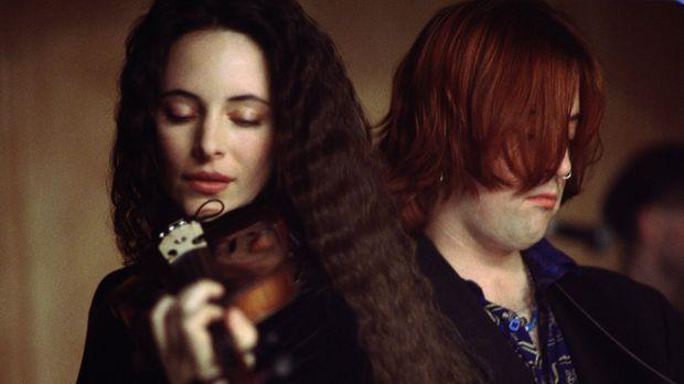 Die blinde Emma Brody (Madeleine Stowe) lebt für das Geige spielen. © Warner...