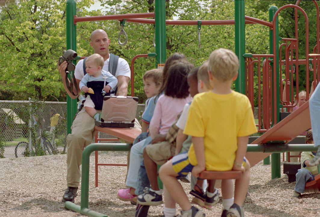 Shane Wolfe (Vin Diesel, l.) muss die Kinder einer von Terroristen bedrohten Familie beschützen. Der in zahlreichen Kämpfen mit Schwerverbrechern... - Bildquelle: Walt Disney Pictures, Spyglass Entertainment. All Rights Reserved
