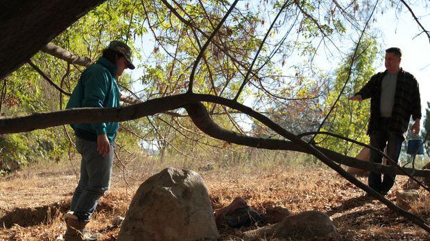Gruseliger Fund: Eine mumifizierte Leiche wird in einem verlassenen Steinbruc...
