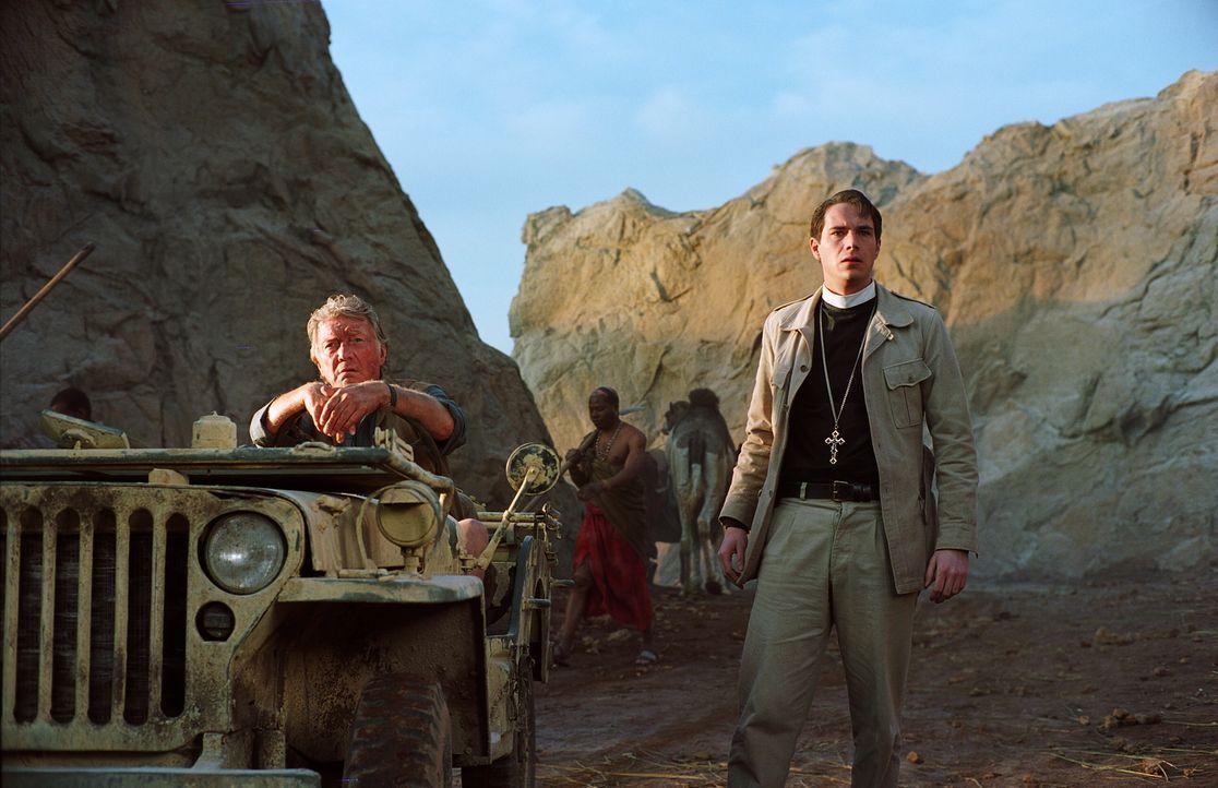 Auf Grund der vergangenen Vorkommnisse rücken britische Truppen in Ostafrika ein, um für Ordnung zu sorgen, doch anders als erwartet eskaliert die S... - Bildquelle: Warner Brothers