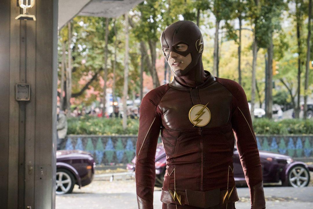 Noch ahnt Barry alias The Flash (Grant Gustin) nicht, dass sein Versuch Savitar für immer loszuwerden verheerende Folgen für ihn haben wird ... - Bildquelle: 2016 Warner Bros.