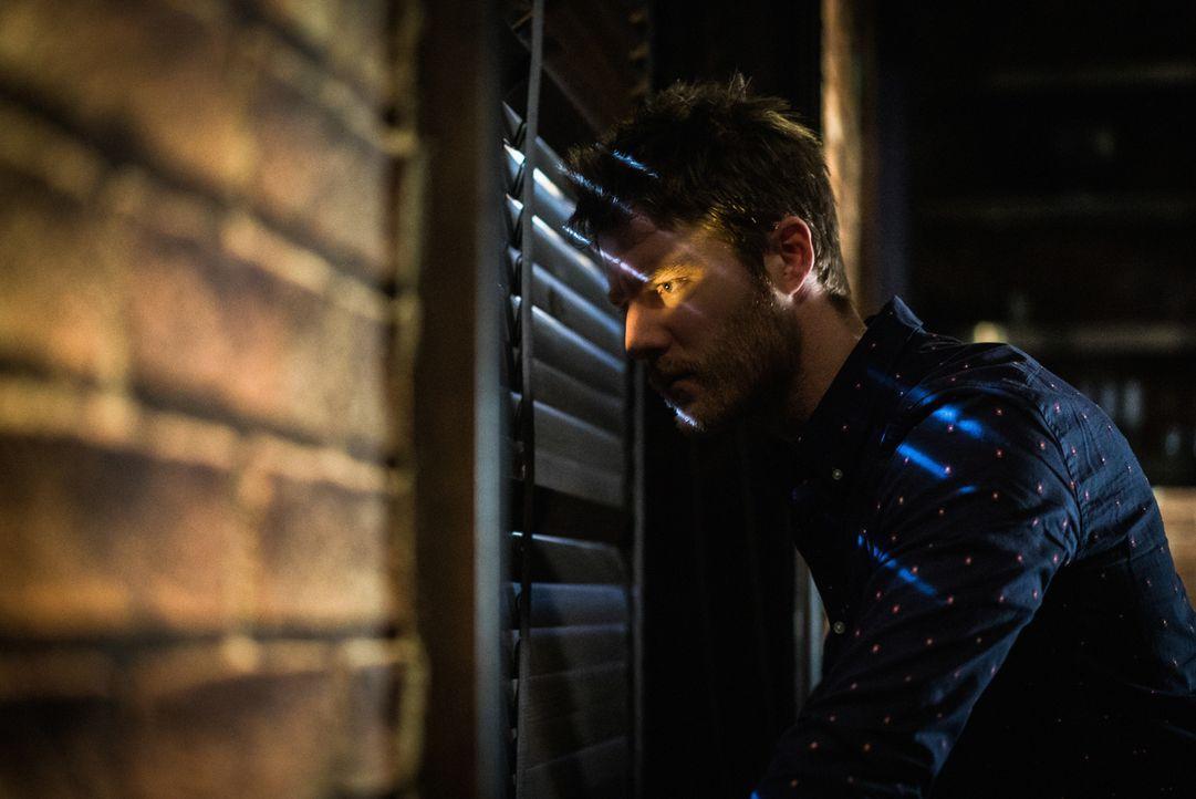 Was ist mit Brian (Jake McDorman) nur los? - Bildquelle: Michael Parmelee 2016 CBS Broadcasting, Inc. All Rights Reserved