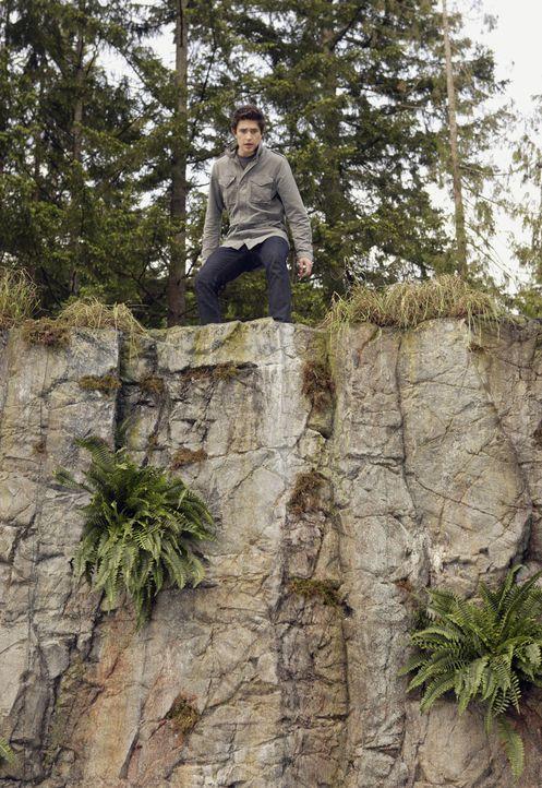 Kyle (Matt Dallas) kann es nicht fassen, dass Jessi tatsächlich gesprungen ist. Die Chancen, dass sie den Sprung überlegt, sind gering ... - Bildquelle: TOUCHSTONE TELEVISION