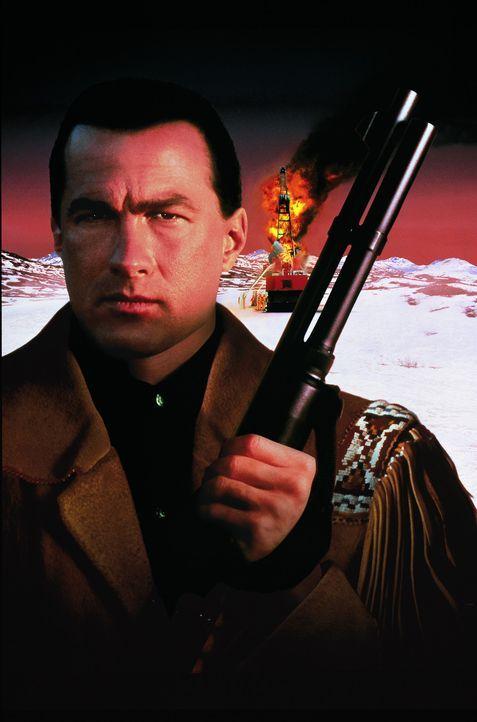 Der Sprengstoffexperte Forrest Taft (Steven Seagal) wird für die Bekämpfung brennender Ölquellen nach Alaska eingeflogen. - Bildquelle: Warner Bros.