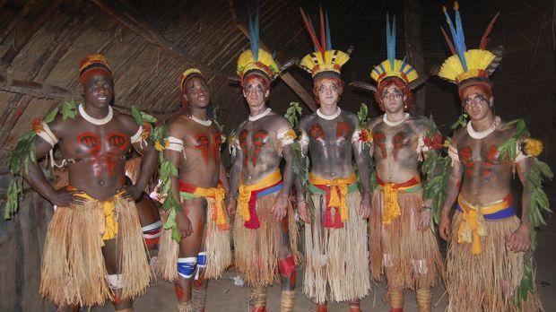 Die sechs mutigen Abenteurer begeben sich in das Herz Brasiliens, um das Lebe...