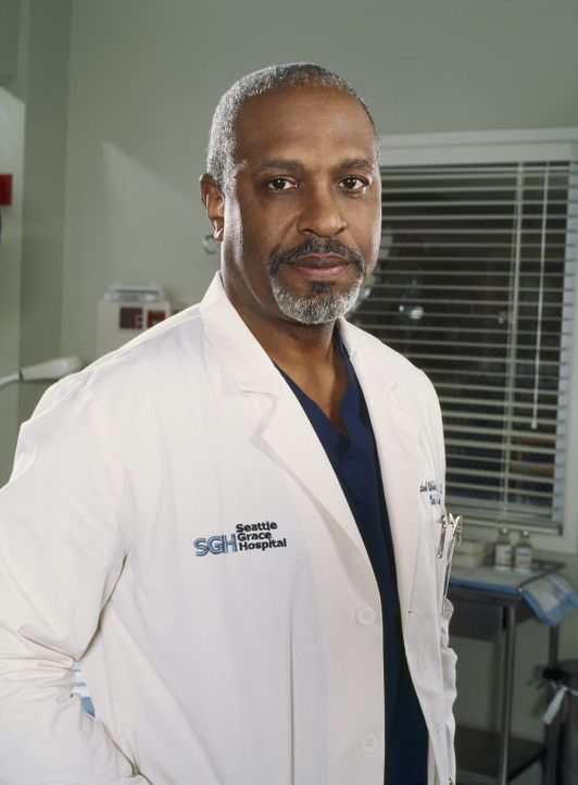 (1. Staffel) - Halbgott in weiß: Dr. Richard Webber (James Pickens, Jr.) ... - Bildquelle: Touchstone Television